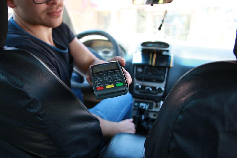 Онлайн-касса для такси в вопросах и ответах: когда переходить, как регистрировать и какую модель выбрать